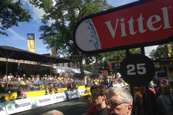 Harrogate crowds at the finish line of the tour de france