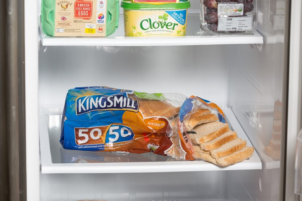 How to Arrange Your Fridge, MediaCom
