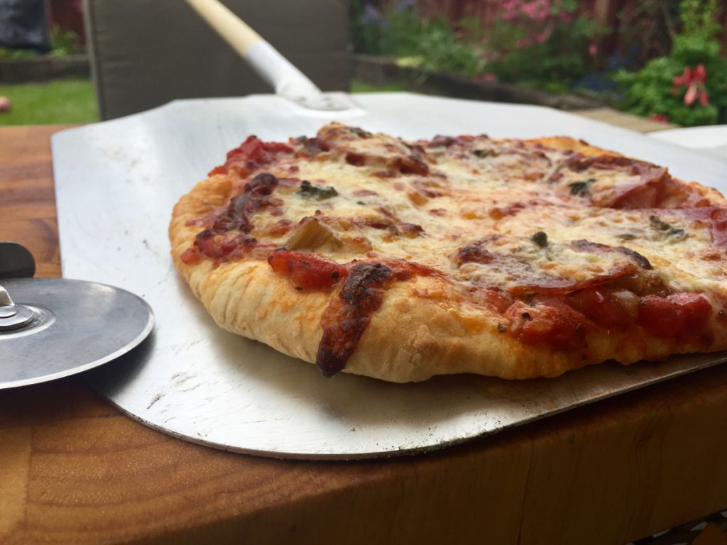 Pizza on pizza paddle