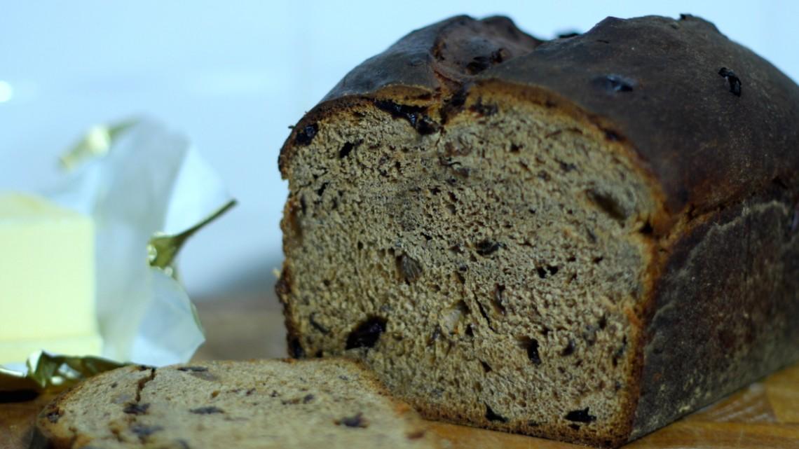 lincolnshire plum bread