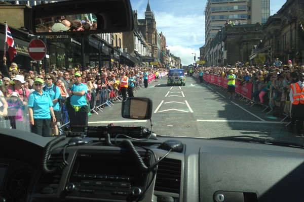 very large crowds in harrogate tour de France