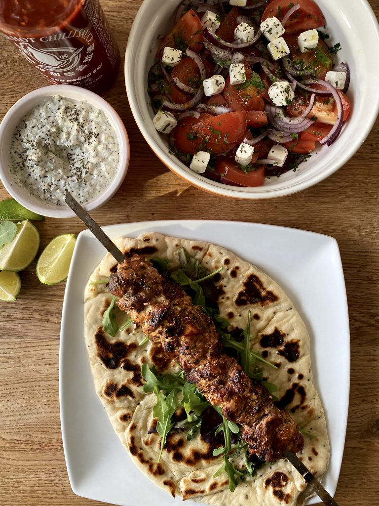 Chicken Souvlaki, Tzatziki and Naan Flatbread with Chilli Sauce